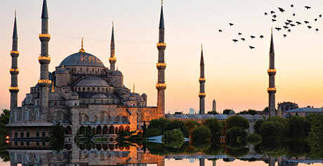 /blog/turkish-delights-4-must-see-attractions-in-istanbul/