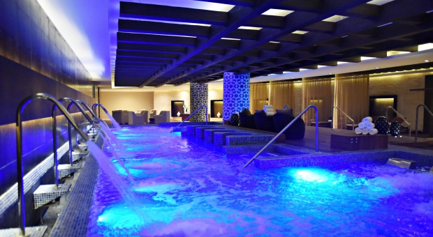 /blog/spa-travel/royalton-riviera-resort-spa-luxury/