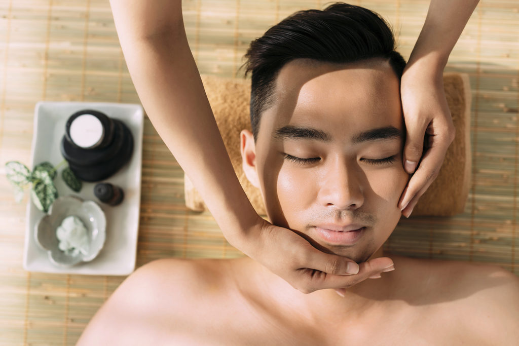 Four-Hands Massage is great for spa-goers who have a difficult time letting go of day-to-day thoughts and stresses during massage treatments.