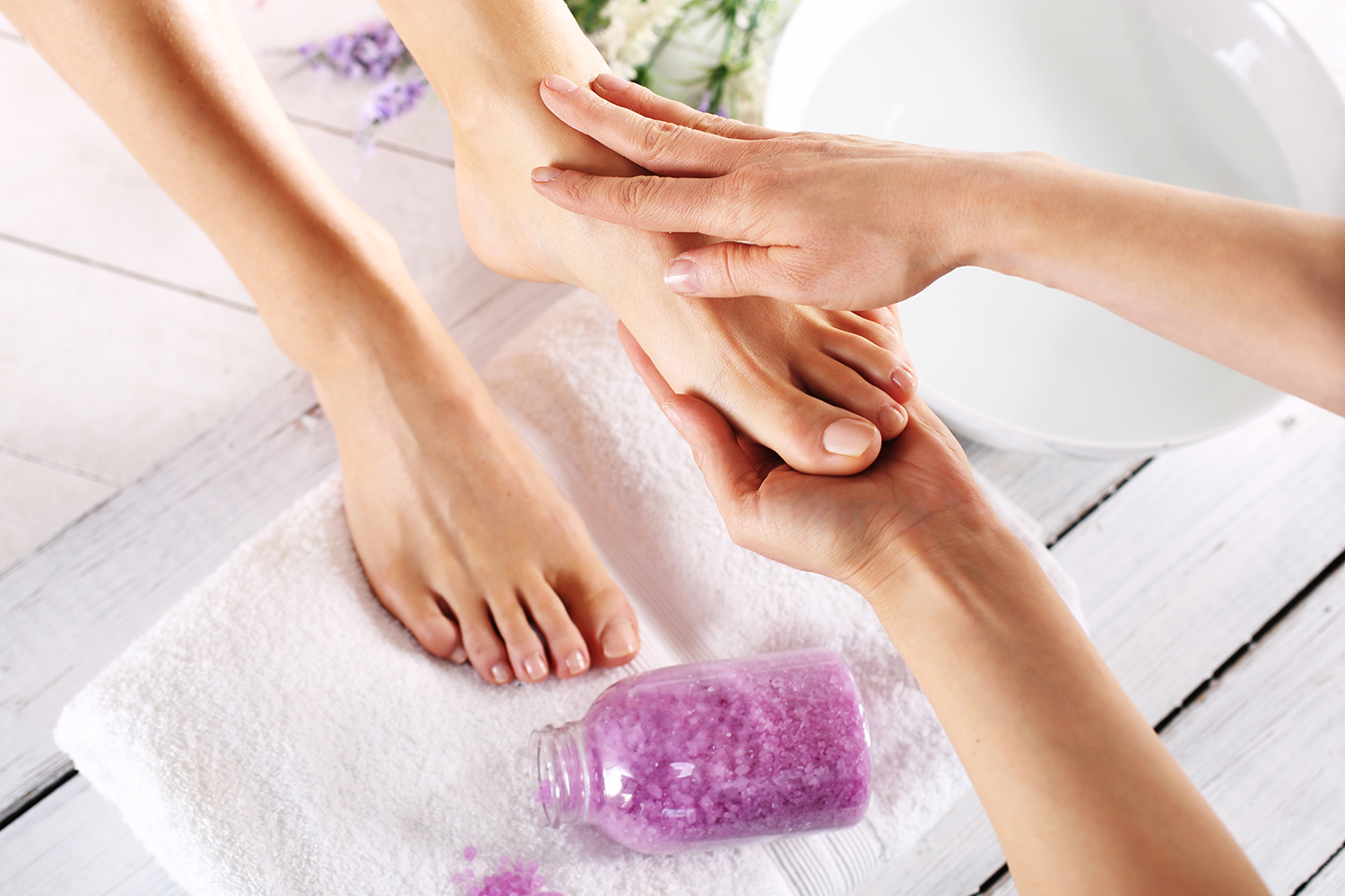 Foot Massage Techniques From Ah To Zzz | Footfiles |Foot Massage