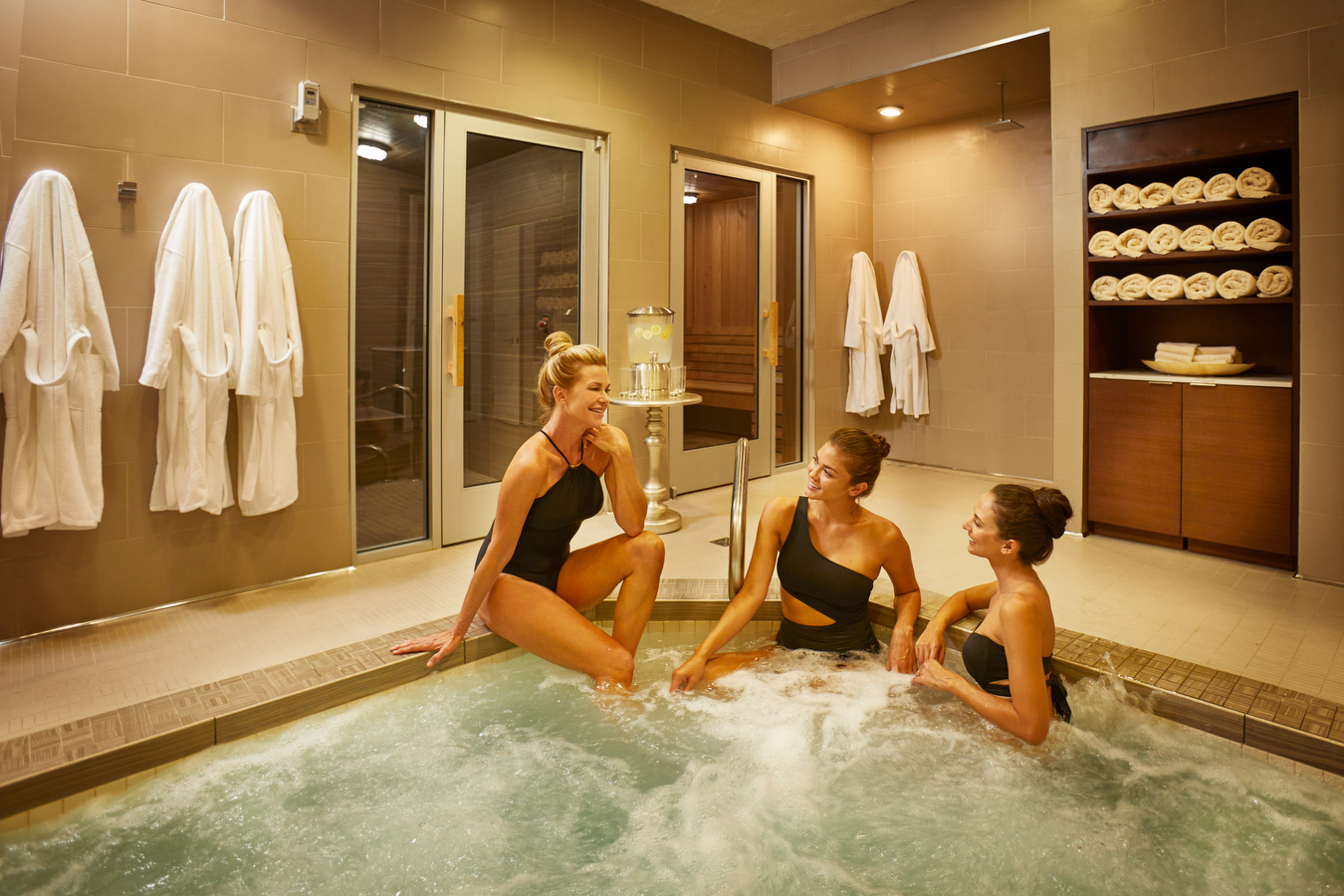 Back to the spa girlfriends getaway at pga national for Best girlfriend spa getaways